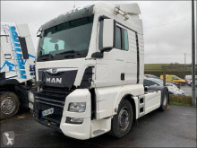 Tracteur MAN TGX 18.500 accidenté
