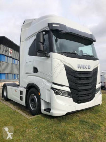 Trattore Iveco Stralis AS 440 S51 TP nuovo