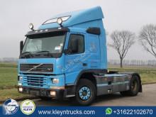 Cabeza tractora Volvo FM7