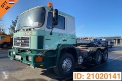 Tracteur MAN F2000 occasion