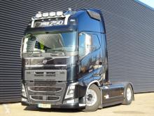 Tahač Volvo FH16 použitý