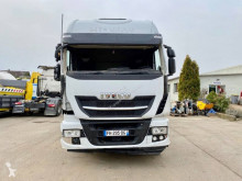 Iveco Stralis 460 Hi-Way tractor unit damaged