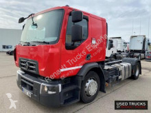 Renault Trucks D Wide tractor unit used