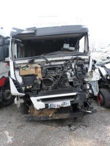 Cabeza tractora Iveco Stralis 460 accidentada