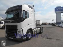 Volvo tractor unit FH 4