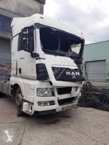 Tracteur MAN TGX 18.440 XL accidenté