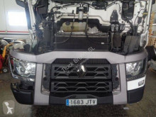 Renault T-Series 520 T4X2 E6 tractor unit damaged