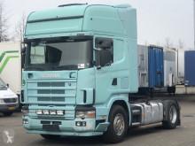 Cabeza tractora Scania L usada