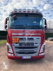 Тягач опасные продукты / правила перевозки опасных грузов Volvo FH 540