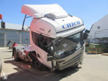 Cabeza tractora Scania R 490 accidentada