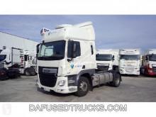 Cabeza tractora productos peligrosos / ADR DAF CF 440