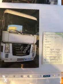 Renault tractor unit AE 400