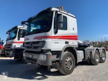 Cabeza tractora convoy excepcional Mercedes Actros