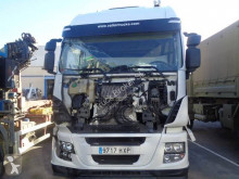 Cabeza tractora Iveco Stralis AS 440 S 50 TP accidentada