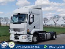 Cap tractor Renault Premium 460 second-hand