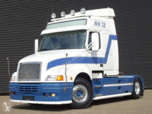 Volvo NH 420 / MANUAL / SHOW / TORPEDO / HAUBER tractor unit used