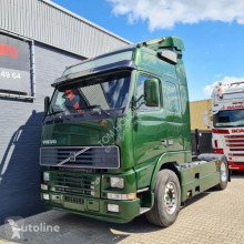 Cap tractor Volvo FH16-520 FH16 520 4X2 Globetrotter more pieces available second-hand