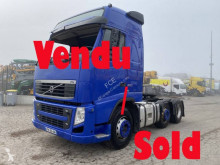 Tracteur Volvo FH 500 Globetrotter accidenté
