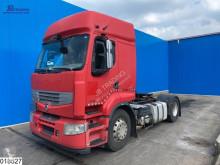 Cabeza tractora Renault Premium 450 productos peligrosos / ADR accidentada