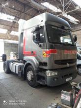 Tracteur Renault Premium 420.26