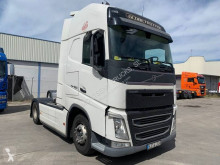Volvo tractor unit FH 460 Globetrotter