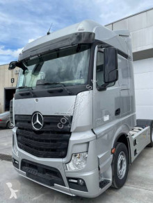 Mercedes Actros 1851 LS tractor unit used