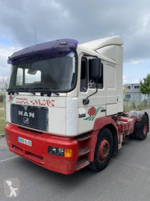 Tracteur MAN 19.403 Silent