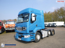 Влекач Renault Premium 460