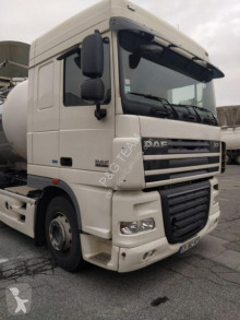 Тягач DAF XF105 FAT XF105.460 б/у