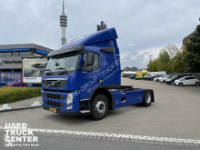 Cap tractor Volvo FM 330 second-hand