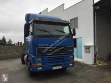 Cabeza tractora Volvo FH12 420 usada