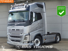 Cap tractor Volvo FH16 750 second-hand