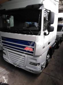 Cap tractor DAF XF105 460 transport periculos / Adr second-hand