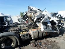Nyergesvontató Scania R 440 balesetes