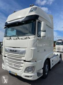 Tractor DAF XF105 530 usado