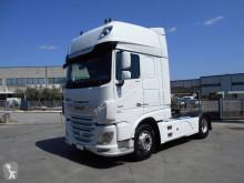 DAF veszélyes termékek/a Veszélyes Áruk Nemzetközi Közúti Szállításáról szóló Európai Megállapodás nyergesvontató XF 530