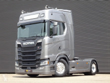 Cap tractor Scania S