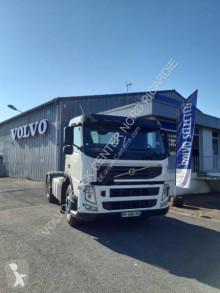 Cabeza tractora Volvo FM 380 productos peligrosos / ADR usada