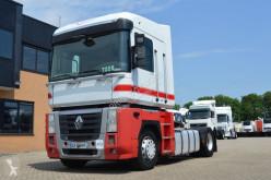 Renault nyergesvontató Magnum AE 440