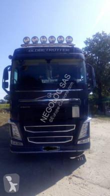 Влекач Volvo FH 500