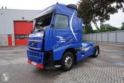 Trattore Volvo FH13 incidentato