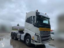 Cabeza tractora convoy excepcional Volvo FH16 750