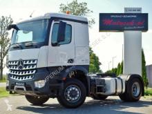 Tahač Mercedes AROCS 1846 / 4X4 / RETARDER/HYDRAULIC/120 000 KM použitý