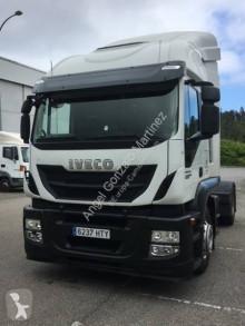 Влекач Iveco Stralis AT 440