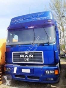 Влекач MAN F2000 19.463 втора употреба