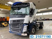 Tahač Volvo FH13 nebezpečné látky / adr havarovaný