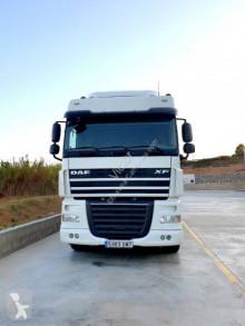 Tracteur produits dangereux / adr DAF XF105 460
