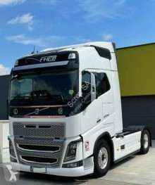 Volvo FH16 550 tractor unit used