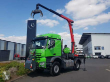Traktor Mercedes Arocs 2051 AK 4x4 HeizoTruck Kran+Spalter+Winde begagnad