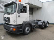 Çekici MAN 26-364 , ZF Manual , Lift and steering axle , low mileage !!